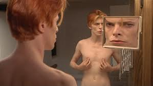 Scene from The Man Who Fell To Earth