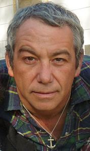 220px-Mike_watt_march_16_2009
