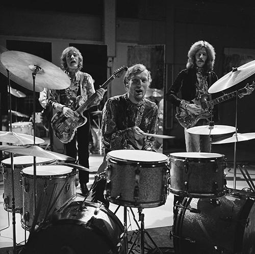 Cream_on_Fanclub_1968_(2)